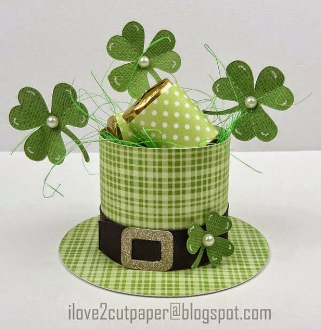 DIY St Patricks Day Ideas - St. Patrick's Day Gift Box - Food and Best Recipes, Decorations and Home Decor, Party Ideas - Cupcakes, Drinks, Festive St Patrick Day Parties With these Easy, Quick and Cool Crafts and DIY Projects http://diyjoy.com/st-patricks-day-ideas
