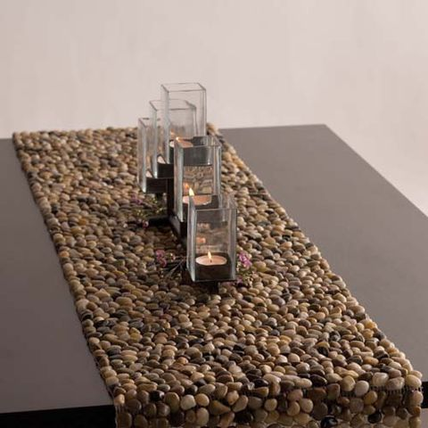 Pebble and Stone Crafts - Stone Table Runner - DIY Ideas Using Rocks, Stones and Pebble Art - Mosaics, Craft Projects, Home Decor, Furniture and DIY Gifts You Can Make On A Budget #crafts