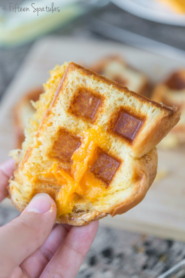 Waffle Iron Hacks and Easy Recipes for Waffle Irons - Waffle Iron Grilled Cheese Sandwich - Quick Ways to Make Healthy Meals in a Waffle Maker - Breakfast, Dinner, Lunch, Dessert and Snack Ideas - Homemade Pizza, Cinnamon Rolls, Egg, Low Carb, Sandwich, Bisquick, Savory Recipes and Biscuits http://diyjoy.com/waffle-iron-hacks-recipes