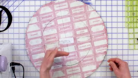 Cut Two Circles From Fabric To Make This Item We All Need In The Kitchen | DIY Joy Projects and Crafts Ideas