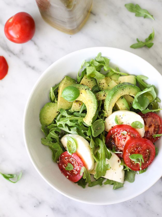 Best Dinner Salad Recipes - Avocado Caprese Salad - Easy Salads to Make for Quick and Healthy Dinners - Healthy Chicken, Egg, Vegetarian, Steak and Shrimp Salad Ideas - Summer Side Dishes, Hearty Filling Meals, and Low Carb Options #saladrecipes #dinnerideas #salads #healthyrecipes