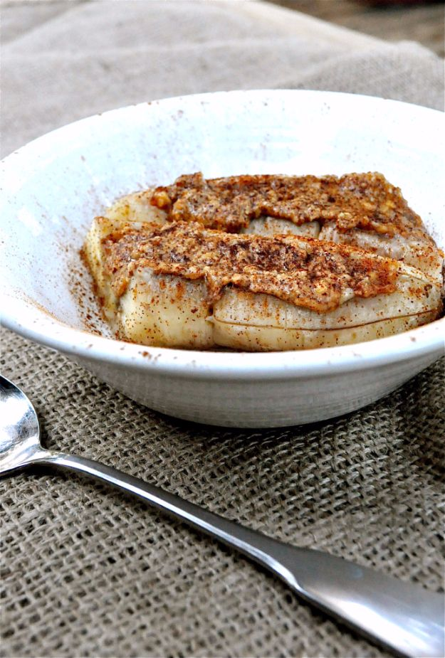 Easy Snacks You Can Make In Minutes - Baked Almond Butter Banana - Quick Recipes and Tricks for Making After Workout and After School Snack - Fast Ideas for Instant Small Meals and Treats - No Bake, Microwave and Simple Prep Makes Snacking Fun #snacks #recipes