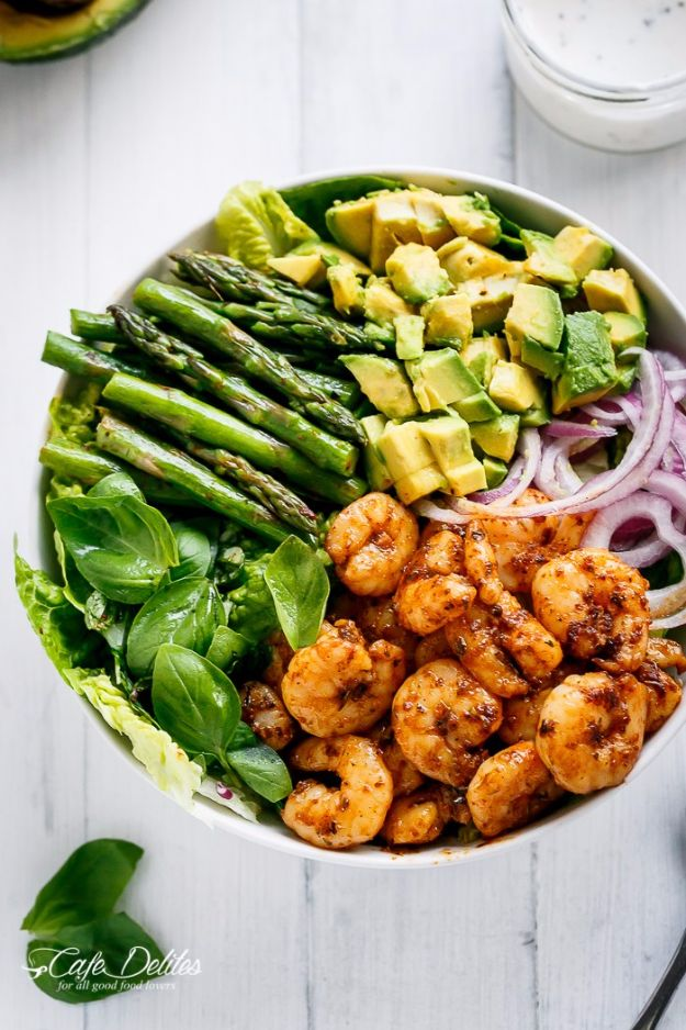 Best Dinner Salad Recipes - Blackened Shrimp, Asparagus And Avocado Salad - Easy Salads to Make for Quick and Healthy Dinners - Healthy Chicken, Egg, Vegetarian, Steak and Shrimp Salad Ideas - Summer Side Dishes, Hearty Filling Meals, and Low Carb Options #saladrecipes #dinnerideas #salads #healthyrecipes
