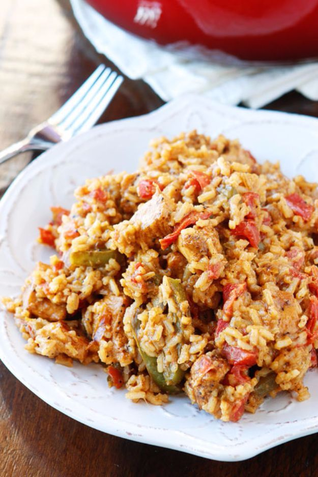Best Rice Recipes - Cajun Chicken & Rice - Easy Ideas for Quick Meals Made From a Bag of Rice - Healthy Recipes With Brown, White and Arborio Rice - Cheesy, Fried, Asian, Mexican Flavored Dinner Dishes and Side Dishes - DIY Projects and Crafts by DIY JOY http://diyjoy.com/best-rice-recipes