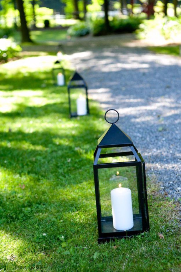DIY Outdoors Wedding Ideas - Candle Pathway - Step by Step Tutorials and Projects Ideas for Summer Brides - Lighting, Mason Jar Centerpieces, Table Decor, Party Favors, Guestbook Ideas, Signs, Flowers, Banners, Tablecloth #wedding #diy
