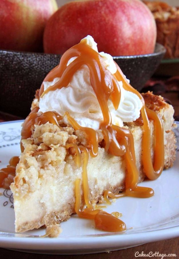 Best Cheesecake Recipes - Caramel Apple Crisp Cheesecake - Easy and Quick Recipe Ideas for Cheesecakes and Desserts - Chocolate, Simple Plain Classic, New York, Mini, Oreo, Lemon, Raspberry and Quick No Bake - Step by Step Instructions and Tutorials for Yummy Dessert