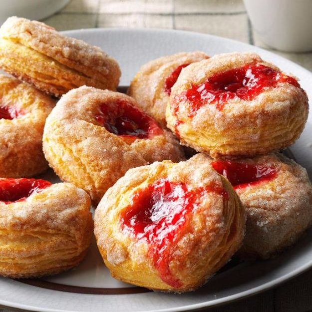 Best Canned Biscuit Recipes - Cinnamon Fruit Biscuits - Cool DIY Recipe Ideas You Can Make With A Can of Biscuits - Easy Breakfast, Lunch, Dinner and Desserts You Can Make From Pillsbury Pull Apart Biscuits - Garlic, Sour Cream, Ground Beef, Sweet and Savory, Ideas with Cheese - Delicious Meals on A Budget With Step by Step Tutorials