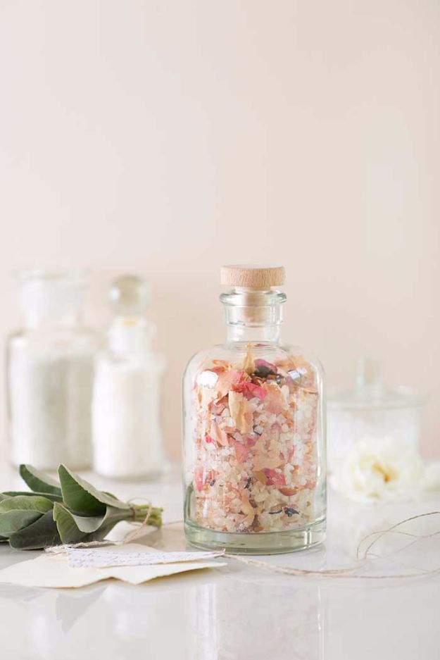 DIY Mothers Day Gift Ideas - DIY Floral Bath Salts - Homemade Gifts for Moms - Crafts and Do It Yourself Home Decor, Accessories and Fashion To Make For Mom - Mothers Love Handmade Presents on Mother's Day - DIY Projects and Crafts by DIY JOY