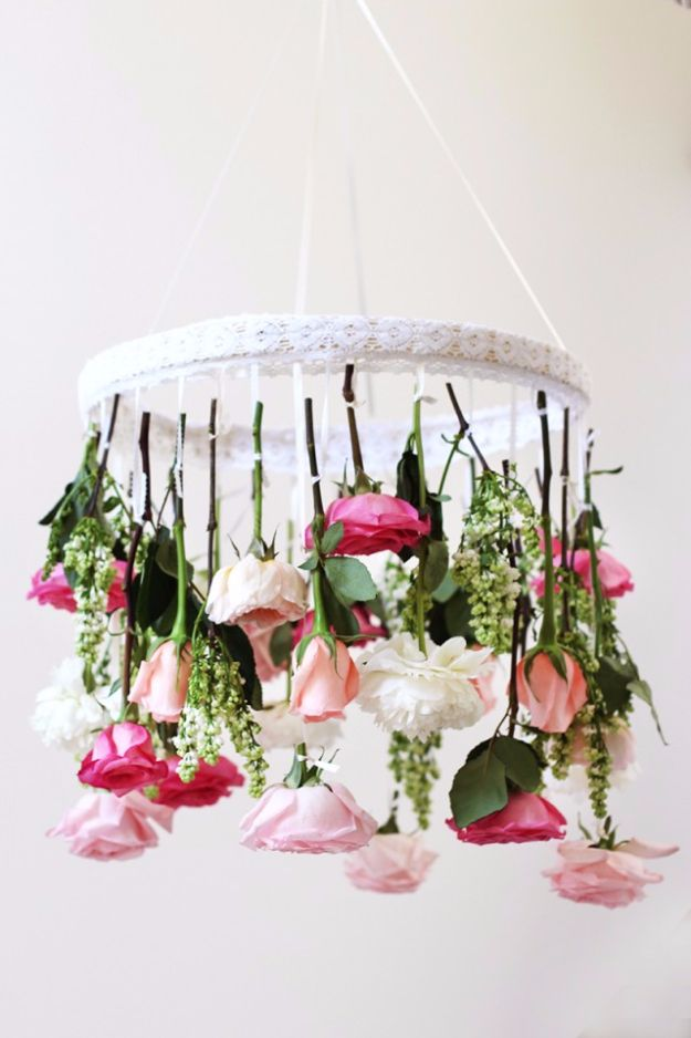 DIY Outdoors Wedding Ideas - DIY Flower Chandelier - Step by Step Tutorials and Projects Ideas for Summer Brides - Lighting, Mason Jar Centerpieces, Table Decor, Party Favors, Guestbook Ideas, Signs, Flowers, Banners, Tablecloth #wedding #diy