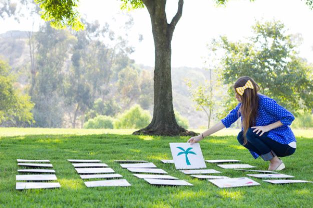 Best DIY Backyard Games - DIY Giant Lawn Matching Game - Cool DIY Yard Game Ideas for Adults, Teens and Kids - Easy Tutorials for Cornhole, Washers, Jenga, Tic Tac Toe and Horseshoes - Cool Projects for Outdoor Parties and Summer Family Fun Outside #diy #backyard #kids #games