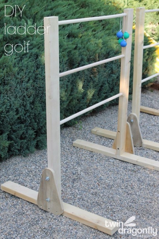 Best DIY Backyard Games - DIY Ladder Golf Game - Cool DIY Yard Game Ideas for Adults, Teens and Kids - Easy Tutorials for Cornhole, Washers, Jenga, Tic Tac Toe and Horseshoes - Cool Projects for Outdoor Parties and Summer Family Fun Outside #diy #backyard #kids #games