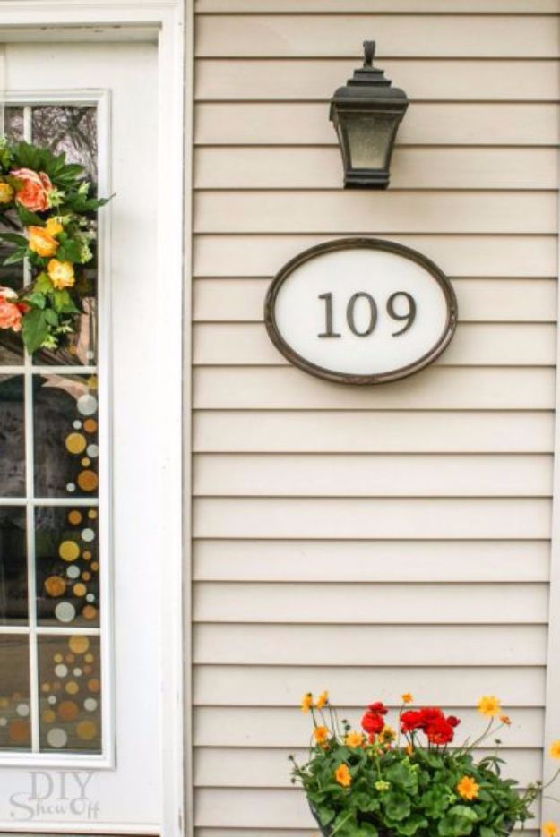 DIY House Numbers - DIY Simple House Number Sign - DIY Numbers To Put In Front Yard and At Front Door - Architectural Numbers and Creative Do It Yourself Projects for Making House Numbers - Easy Step by Step Tutorials and Project Ideas for Home Improvement on A Budget #homeimprovement #diyhomedecor