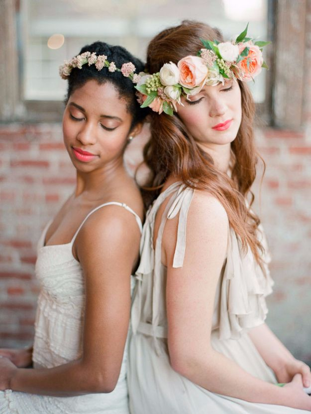 DIY Outdoors Wedding Ideas - DIY Spring Flower Crown - Step by Step Tutorials and Projects Ideas for Summer Brides - Lighting, Mason Jar Centerpieces, Table Decor, Party Favors, Guestbook Ideas, Signs, Flowers, Banners, Tablecloth #wedding #diy