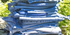 She Cuts Up A Pile Of Old Jeans. Watch What She Does With Them Next!