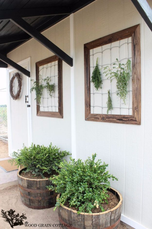 DIY Ideas with Dried Herbs - Dried Herb Wall Decor - Creative Home Decor With Easy Step by Step Tutorials for Making Herb Crafts, Projects and Recipes - Cool DIY Gift Ideas and Cheap Homemade Gifts - DIY Projects and Crafts by DIY JOY #diy #herbs #giftsc
