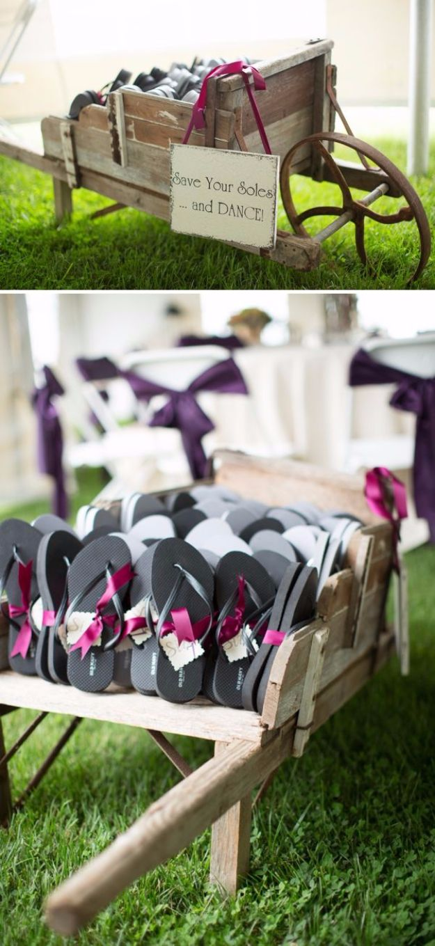 DIY Outdoors Wedding Ideas - Flip Flop Favors - Step by Step Tutorials and Projects Ideas for Summer Brides - Lighting, Mason Jar Centerpieces, Table Decor, Party Favors, Guestbook Ideas, Signs, Flowers, Banners, Tablecloth and Runners, Napkins, Seating and Lights - Cheap and Ideas DIY Decor for Weddings http://diyjoy.com/diy-outdoor-wedding