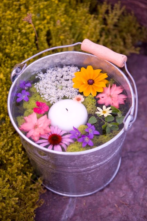 DIY Outdoors Wedding Ideas - Floating Florals - Step by Step Tutorials and Projects Ideas for Summer Brides - Lighting, Mason Jar Centerpieces, Table Decor, Party Favors, Guestbook Ideas, Signs, Flowers, Banners, Tablecloth and Runners, Napkins, Seating and Lights - Cheap and Ideas DIY Decor for Weddings http://diyjoy.com/diy-outdoor-wedding