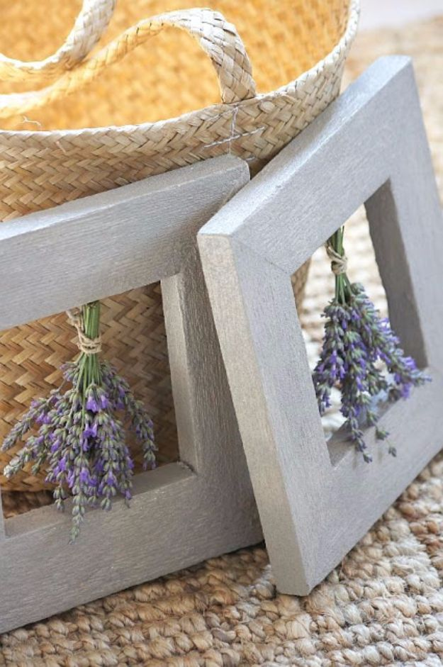DIY Ideas with Dried Herbs - Framed Dried Herbs - Creative Home Decor With Easy Step by Step Tutorials for Making Herb Crafts, Projects and Recipes - Cool DIY Gift Ideas and Cheap Homemade Gifts - DIY Projects and Crafts by DIY JOY #diy #herbs #gifts