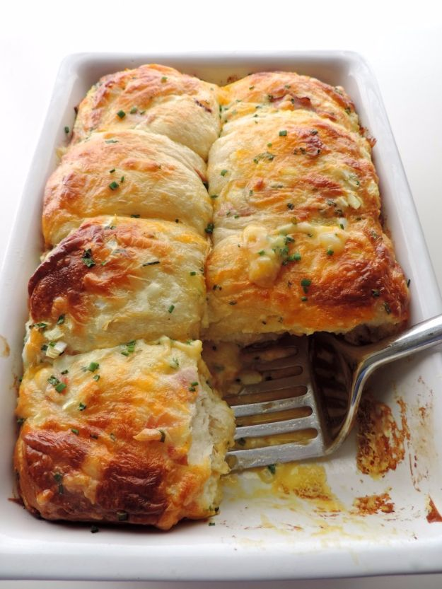Best Canned Biscuit Recipes - Ham Egg & Cheese Biscuit Bake - Cool DIY Recipe Ideas You Can Make With A Can of Biscuits - Easy Breakfast, Lunch, Dinner and Desserts You Can Make From Pillsbury Pull Apart Biscuits - Garlic, Sour Cream, Ground Beef, Sweet and Savory, Ideas with Cheese - Delicious Meals on A Budget With Step by Step Tutorials