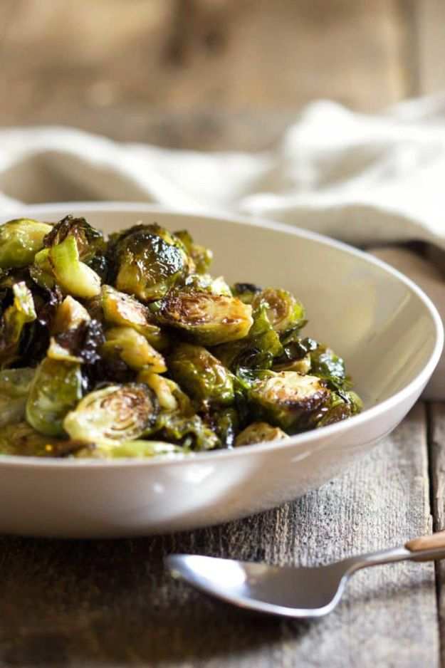 Best Brussel Sprout Recipes - Honey Balsamic Roasted Brussels Sprouts - Easy and Quick Delicious Ideas for Making Brussel Sprouts With Bacon, Roasted, Creamy, Healthy, Baked, Sauteed, Crockpot, Grilled, Shredded and Salad Recipe Ideas #recipes