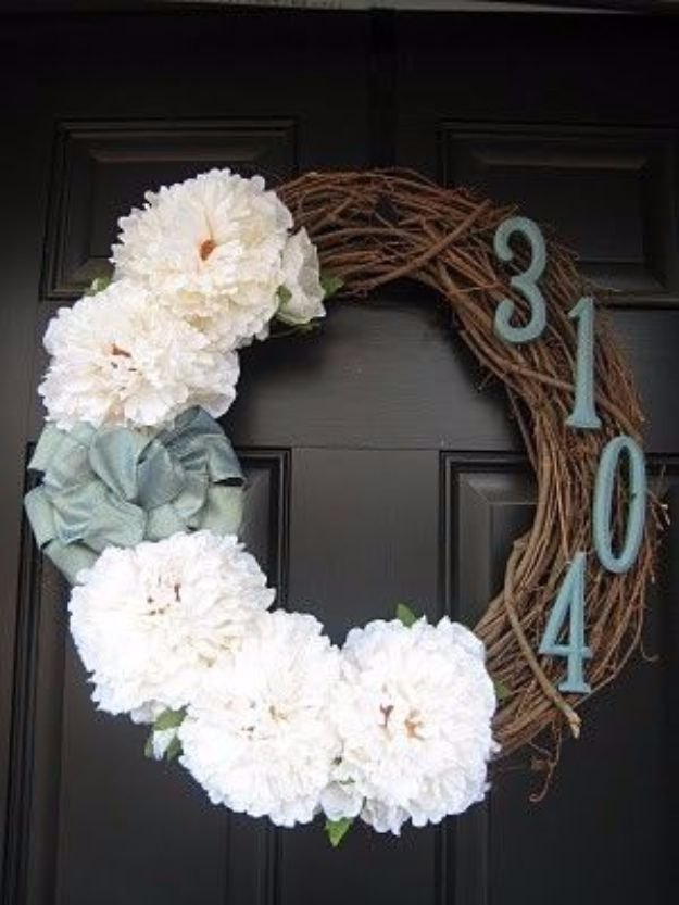 DIY House Numbers - House Number Door Wreath - DIY Numbers To Put In Front Yard and At Front Door - Architectural Numbers and Creative Do It Yourself Projects for Making House Numbers - Easy Step by Step Tutorials and Project Ideas for Home Improvement on A Budget #homeimprovement #diyhomedecor