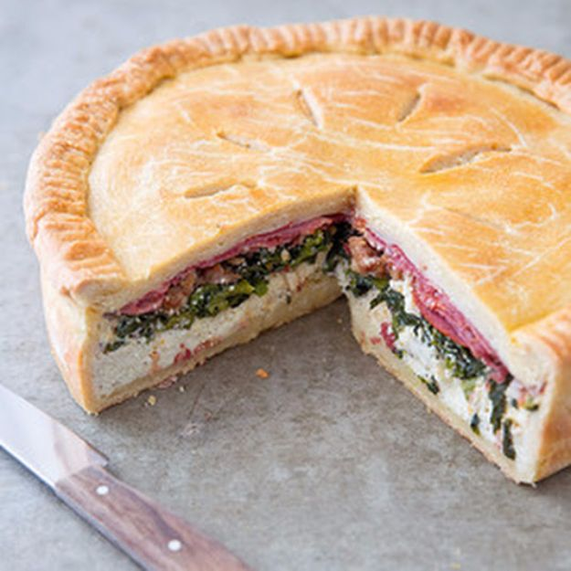 Best Easter Dinner Recipes - Italian Easter Pie - Easy Recipe Ideas for Easter Dinners and Holiday Meals for Families - Side Dishes, Slow Cooker Recipe Tutorials, Main Courses, Traditional Meat, Vegetable and Dessert Ideas - Desserts, Pies, Cakes, Ham and Beef, Lamb - DIY Projects and Crafts by DIY JOY http://diyjoy.com/easter-dinner-recipes
