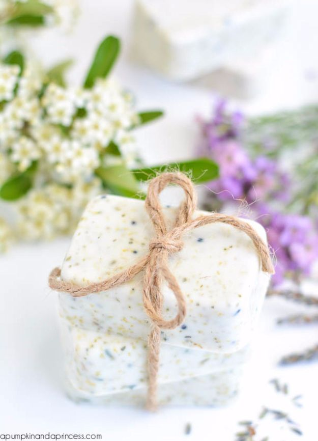 DIY Mothers Day Gift Ideas - Lavender Chamomile Tea Soap - Homemade Gifts for Moms - Crafts and Do It Yourself Home Decor, Accessories and Fashion To Make For Mom - Mothers Love Handmade Presents on Mother's Day - DIY Projects and Crafts by DIY JOY http://diyjoy.com/diy-mothers-day-gifts