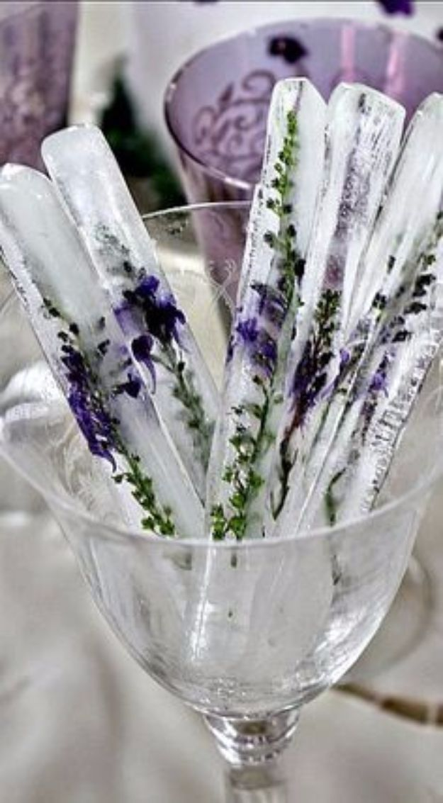 DIY Lavender Recipes and Project Ideas - Lavender Tall Ice Sticks - Food, Beauty, Baking Tutorials, Desserts and Drinks Made With Fresh and Dried Lavender - Savory Lavender Recipe Ideas, Healthy and Vegan #lavender #diy