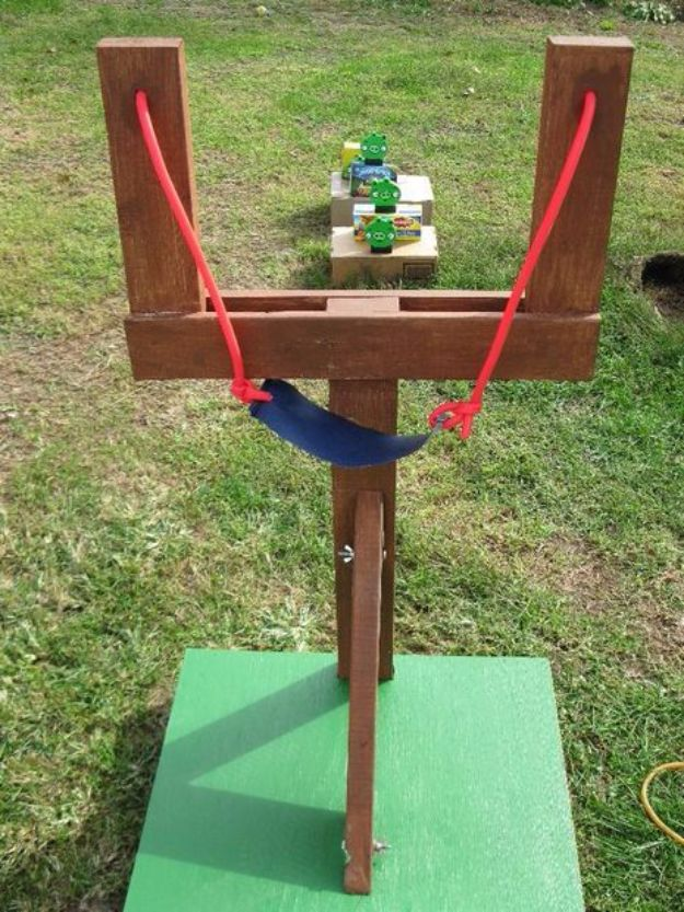 Best DIY Backyard Games - Life Sized Angry Birds Game - Cool DIY Yard Game  Ideas - 32 DIY Backyard Games That Will Make Summer Even More Awesome!