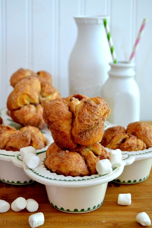 Best Canned Biscuit Recipes - Magic Marshmallow Monkey Bread Muffins - Cool DIY Recipe Ideas You Can Make With A Can of Biscuits - Easy Breakfast, Lunch, Dinner and Desserts You Can Make From Pillsbury Pull Apart Biscuits - Garlic, Sour Cream, Ground Beef, Sweet and Savory, Ideas with Cheese - Delicious Meals on A Budget With Step by Step Tutorials