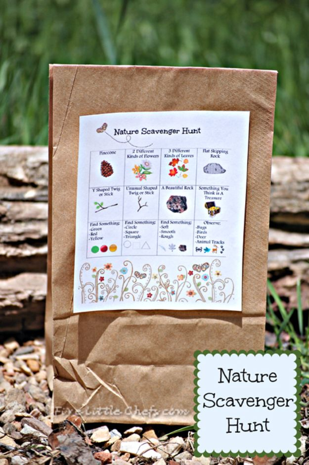Best DIY Backyard Games - Nature Scavenger Hunt - Cool DIY Yard Game Ideas for Adults, Teens and Kids - Easy Tutorials for Cornhole, Washers, Jenga, Tic Tac Toe and Horseshoes - Cool Projects for Outdoor Parties and Summer Family Fun Outside #diy #backyard #kids #games