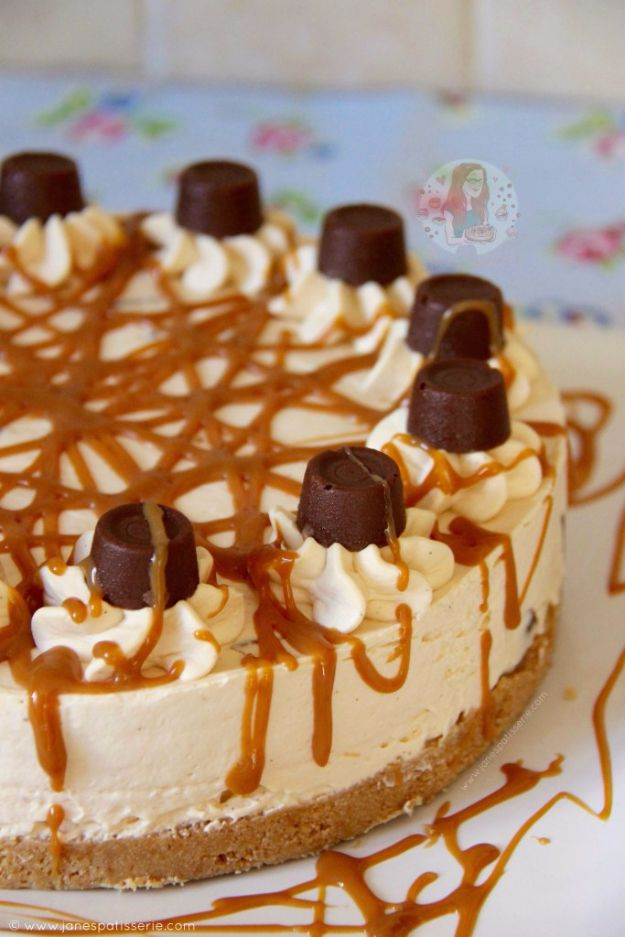 Best Cheesecake Recipes - No Bake Caramel Rolo Cheesecake - Easy and Quick Recipe Ideas for Cheesecakes and Desserts - Chocolate, Simple Plain Classic, New York, Mini, Oreo, Lemon, Raspberry and Quick No Bake - Step by Step Instructions and Tutorials for Yummy Dessert