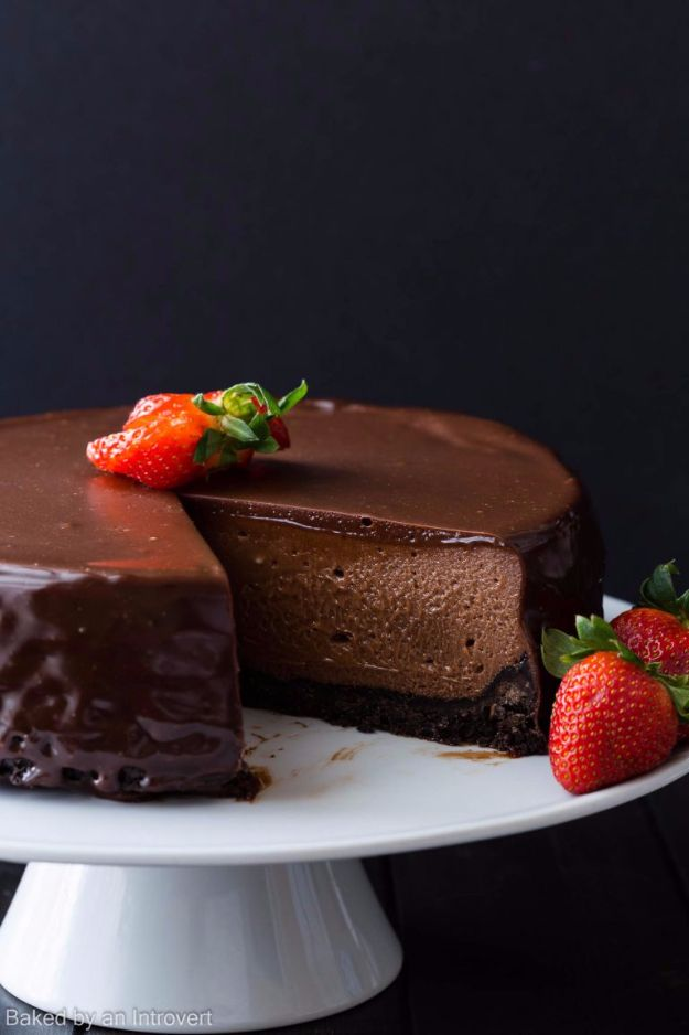 Best Cheesecake Recipes - Nutella Cheesecake - Easy and Quick Recipe Ideas for Cheesecakes and Desserts - Chocolate, Simple Plain Classic, New York, Mini, Oreo, Lemon, Raspberry and Quick No Bake - Step by Step Instructions and Tutorials for Yummy Dessert