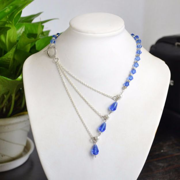 DIY Necklace Ideas - Ocean Style Chain Link Necklace with Crystal Beads - Easy Handmade Necklaces with Step by Step Tutorials - Pendant, Beads, Statement, Choker, Layered Boho, Chain and Simple Looks - Creative Jewlery Making Ideas for Women and Teens, Girls - Crafts and Cool Fashion Ideas for Women, Teens and Teenagers #necklaces #diyjewelry #jewelrymaking #teencrafts