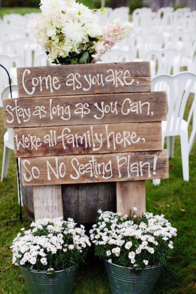 DIY Outdoors Wedding Ideas - Pallet Sign For Outdoor Wedding - Step by Step Tutorials and Projects Ideas for Summer Brides - Lighting, Mason Jar Centerpieces, Table Decor, Party Favors, Guestbook Ideas, Signs, Flowers, Banners, Tablecloth #wedding #diy