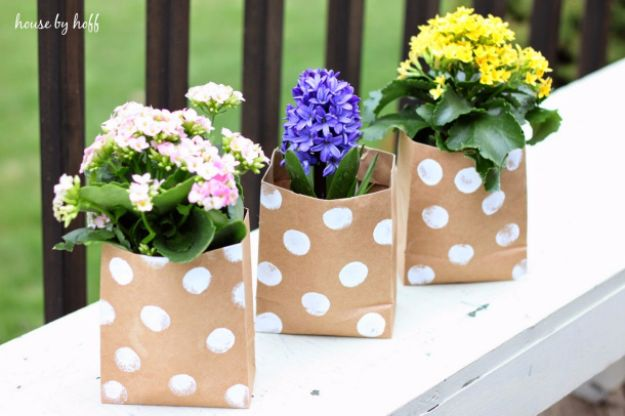 DIY Mothers Day Gift Ideas - Paper Bag Flowers - Homemade Gifts for Moms - Crafts and Do It Yourself Home Decor, Accessories and Fashion To Make For Mom - Mothers Love Handmade Presents on Mother's Day - DIY Projects and Crafts by DIY JOY http://diyjoy.com/diy-mothers-day-gifts
