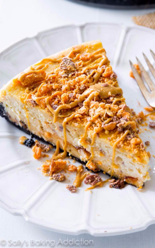 Best Cheesecake Recipes - Peanut Butter Butterfinger Cheesecake - Easy and Quick Recipe Ideas for Cheesecakes and Desserts - Chocolate, Simple Plain Classic, New York, Mini, Oreo, Lemon, Raspberry and Quick No Bake - Step by Step Instructions and Tutorials for Yummy Dessert - DIY Projects and Crafts by DIY JOY http://diyjoy.com/best-cheesecake-recipes