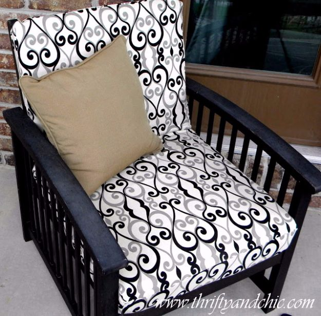 Sewing Projects for The Patio - Re-Cover Patio Cushions - Step by Step Instructions and Free Patterns for Cushions, Pillows, Seating, Sofa and Outdoor Patio Decor - Easy Sewing Tutorials for Beginners - Creative and Cheap Outdoor Ideas for Those Who Love to Sew - DIY Projects and Crafts by DIY JOY http://diyjoy.com/sewing-projects-patio