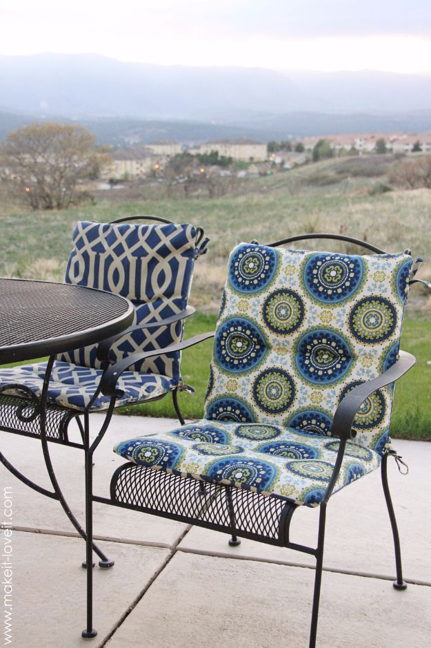 Sewing Projects for The Patio - Reversible Patio Chair Cushions - Step by Step Instructions and Free Patterns for Cushions, Pillows, Seating, Sofa and Outdoor Patio Decor - Easy Sewing Tutorials for Beginners - Creative and Cheap Outdoor Ideas for Those Who Love to Sew - DIY Projects and Crafts by DIY JOY #diydecor #diyhomedecor #sewing