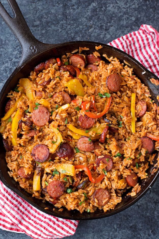 Best Rice Recipes - Sausage Pepper And Rice Skillet - Easy Ideas for Quick Meals Made From a Bag of Rice - Healthy Recipes With Brown, White and Arborio Rice - Cheesy, Fried, Asian, Mexican Flavored Dinner Dishes and Side Dishes - DIY Projects and Crafts by DIY JOY http://diyjoy.com/best-rice-recipes