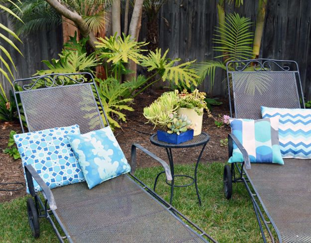 Sewing Projects for The Patio - Sewing Outdoor Fabrics - Step by Step Instructions and Free Patterns for Cushions, Pillows, Seating, Sofa and Outdoor Patio Decor - Easy Sewing Tutorials for Beginners - Creative and Cheap Outdoor Ideas for Those Who Love to Sew - DIY Projects and Crafts by DIY JOY http://diyjoy.com/sewing-projects-patio