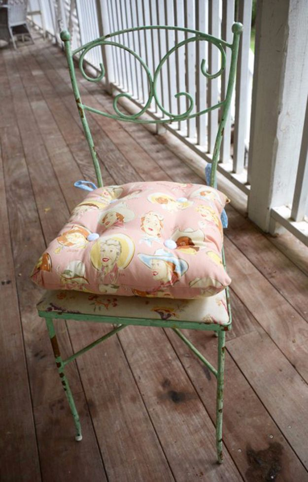 Sewing Projects for The Patio - Simple Tie On DIY Outdoor Chair Cushion - Step by Step Instructions and Free Patterns for Cushions, Pillows, Seating, Sofa and Outdoor Patio Decor - Easy Sewing Tutorials for Beginners - Creative and Cheap Outdoor Ideas for Those Who Love to Sew - DIY Projects and Crafts by DIY JOY #diydecor #diyhomedecor #sewing