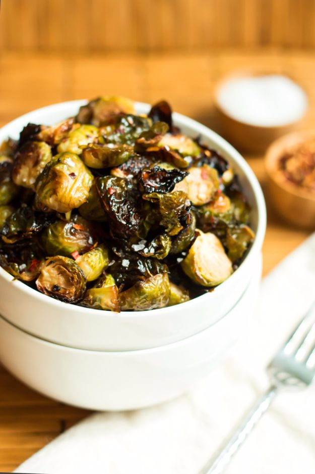 Best Brussel Sprout Recipes - Spicy Honey Mustard Brussels Sprouts - Easy and Quick Delicious Ideas for Making Brussel Sprouts With Bacon, Roasted, Creamy, Healthy, Baked, Sauteed, Crockpot, Grilled, Shredded and Salad Recipe Ideas #recipes