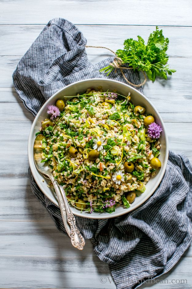 Best Dinner Salad Recipes - Spinach Pecan Brown Rice Salad - Easy Salads to Make for Quick and Healthy Dinners - Healthy Chicken, Egg, Vegetarian, Steak and Shrimp Salad Ideas - Summer Side Dishes, Hearty Filling Meals, and Low Carb Options
