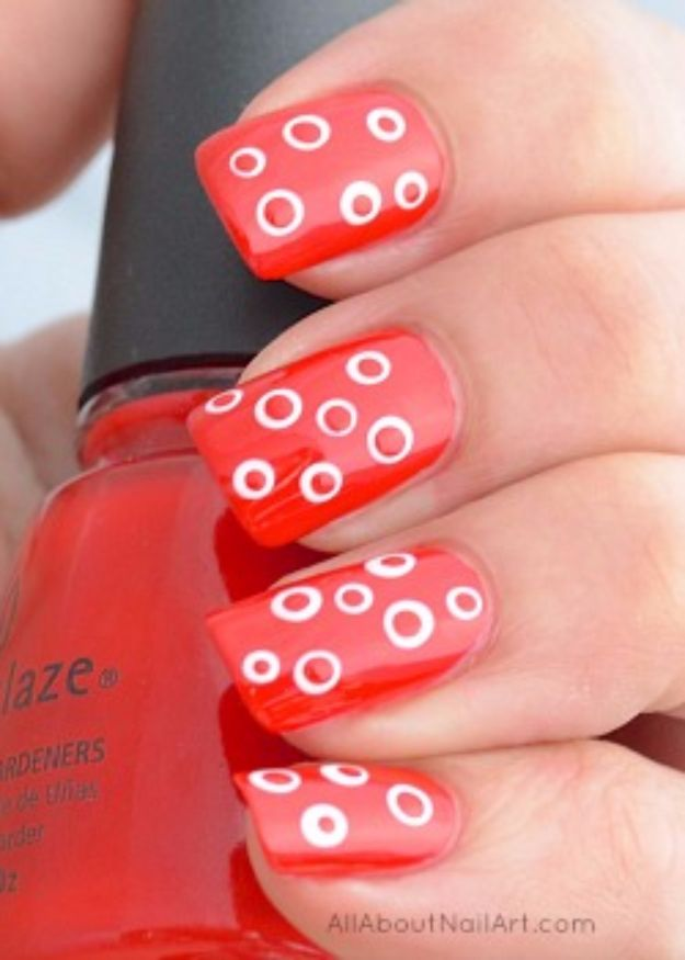 37 quick but awesome 5 minute nail art ideas diy joy quick nail art ideas spots in dots easy step by step nail designs with prinsesfo Image collections
