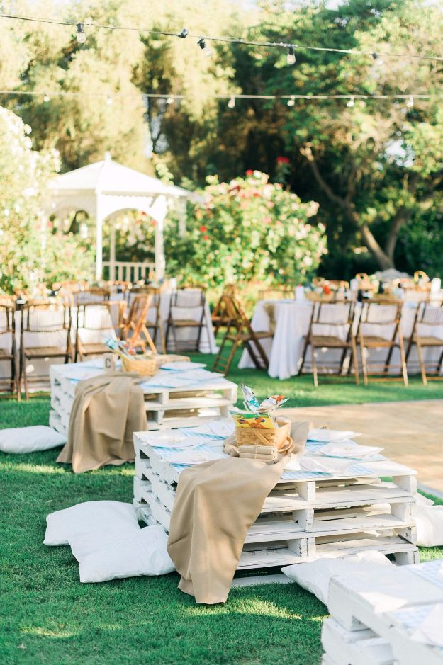 DIY Outdoors Wedding Ideas - Wood Pallet Seating - Step by Step Tutorials and Projects Ideas for Summer Brides - Lighting, Mason Jar Centerpieces, Table Decor, Party Favors, Guestbook Ideas, Signs, Flowers, Banners, Tablecloth #wedding #diy