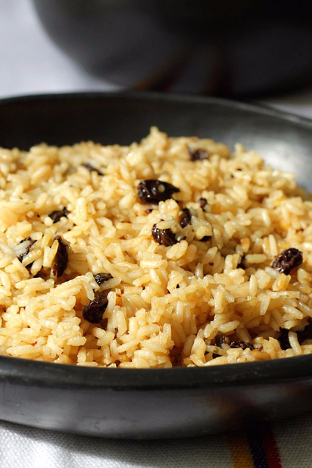 Best Coca Cola Recipes - Arroz con Coca Cola - Make Awesome Coke Chicken, Coca Cola Cake, Meatballs, Sodas, Drinks, Sweets, Dinners, Meat, Slow Cooker and Recipe Ideas #cocacola #recipes #desserts