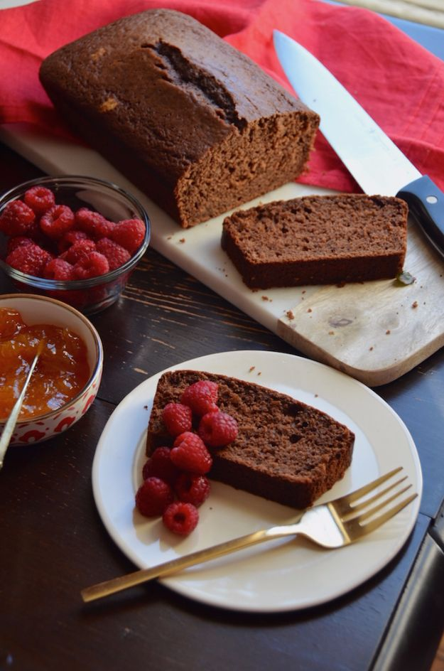 Best Coca Cola Recipes - Chocolate Coca Cola Quick Bread - Make Awesome Coke Chicken, Coca Cola Cake, Meatballs, Sodas, Drinks, Sweets, Dinners, Meat, Slow Cooker and Recipe Ideas #cocacola #recipes #desserts