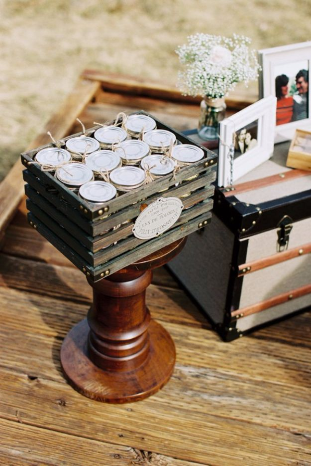 DIY Wedding Favors - DIY Mason Jar Cake - Do It Yourself Ideas for Brides and Best Wedding Favor Ideas for Weddings - Step by Step Tutorials for Making Mason Jars, Rustic Crafts, Flowers, Small Gifts, Modern Decor, Vintage and Cheap Ideas for Couples on A Budget Outdoor and Indoor Weddings http://diyjoy.com/diy-wedding-favors