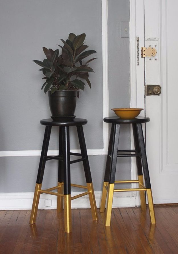 diy barstools - Dipped Bar Stools, Black & Gold - Easy and Cheap Ideas for Seating and Creative Home Decor - Do It Yourself Bar Stools for Modern, Rustic, Farmhouse, Shabby Chic, Industrial and Simple Classic Decor #barstools #diy